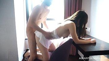 Шлюха захотела массажиста буквально на каталке и предалась с ним сексу