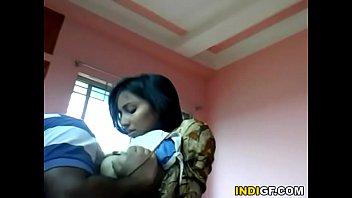 Мамка застукала как братик пердолит спящую сестру