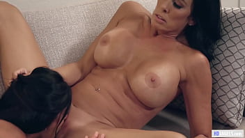 Шикарный секс лесбиянок