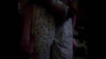 Девченка расслабилась на массаже и ее трахнули в задница